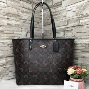 👜COACH🌺REVERSIBLE CITY TOTE